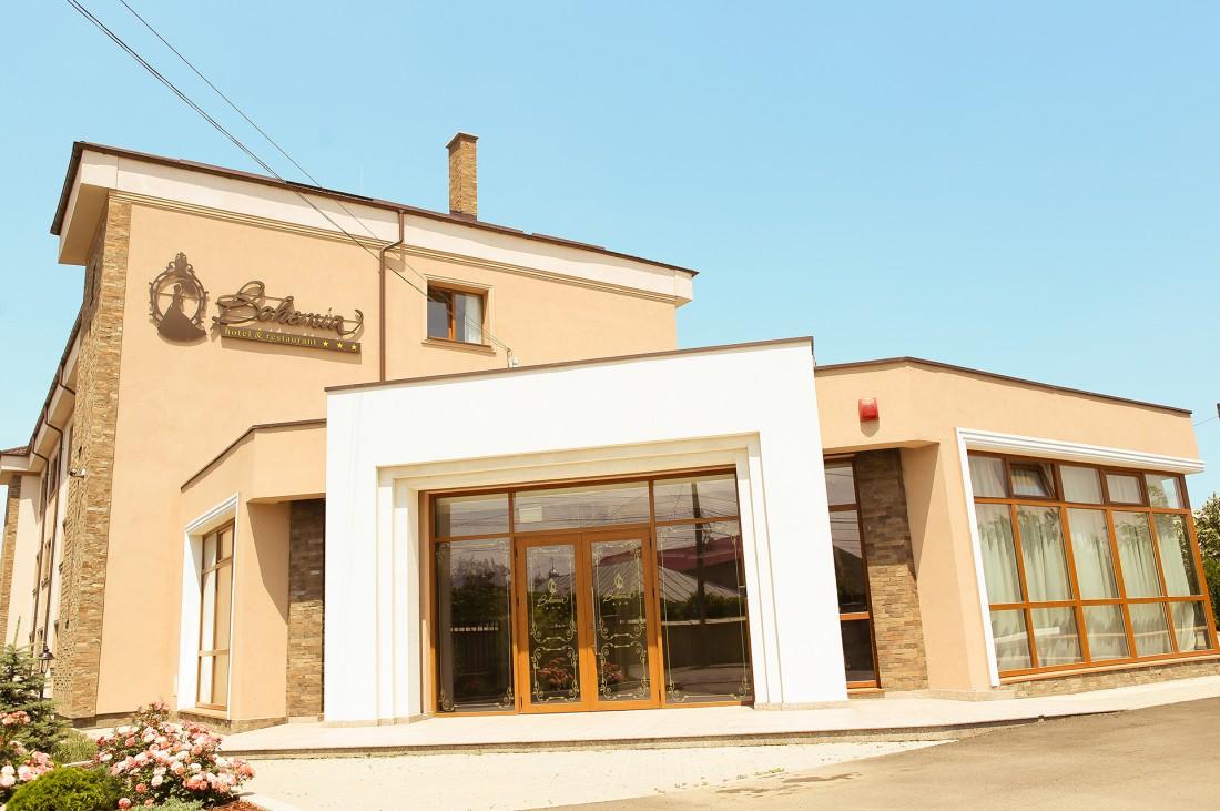 carpaccio de sfecla rosie coapta la Restaurant Savarin Bacau